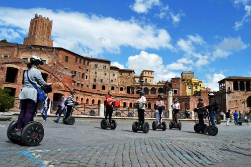 Deutsch Rom Segway Tour - DEUTSCHE TOUR